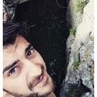 Чисто гол Сашо Кадиев скача в река