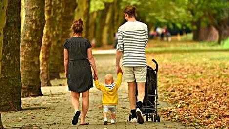 Полезни съвети как се избира бебешка количка