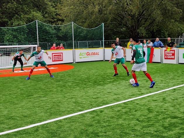 Бог и футбол в Отбора на надеждата