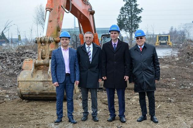 """""""Практикер"""" започва изграждането на хипермаркет в Пазарджик"""