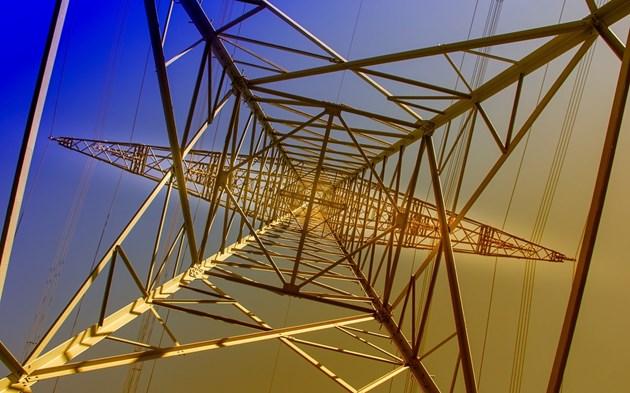 Изтича срокът малкият бизнес да избере доставчик на ток на свободния пазар