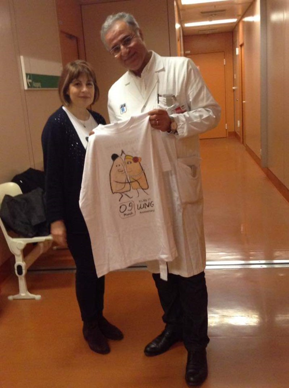С проф. д-р Тагави, който скроява новите дробове на Маева по нейна мярка