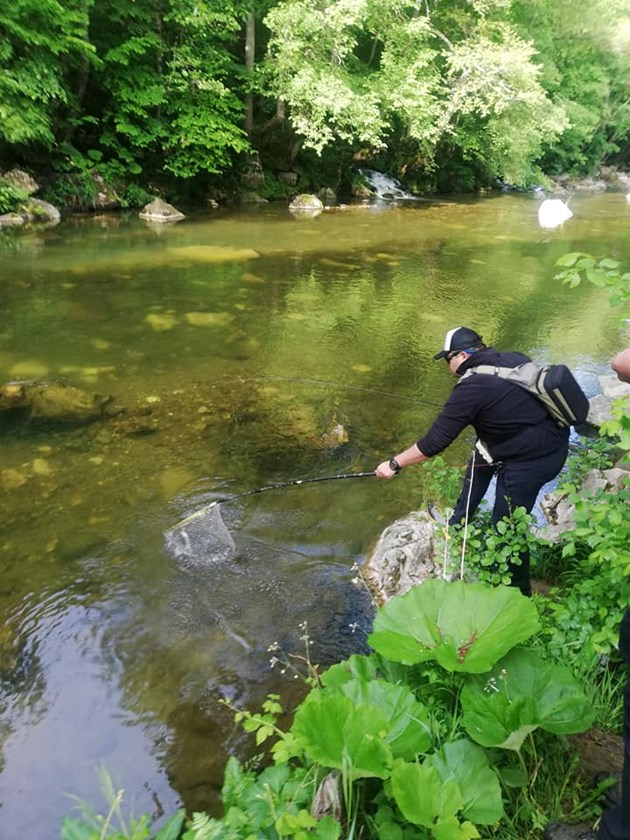 Майсторите на спининговия риболов избиха пъстървата