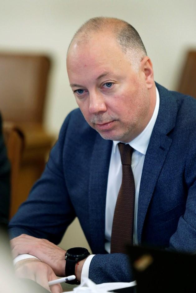 Желязков: Възстановяваме баланса на концесията на летище София