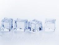 За какво помага кубче лед на врата