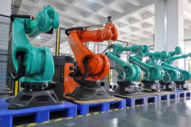 Продажбите на индустриални роботи в Китай са спаднали през 2019 г.