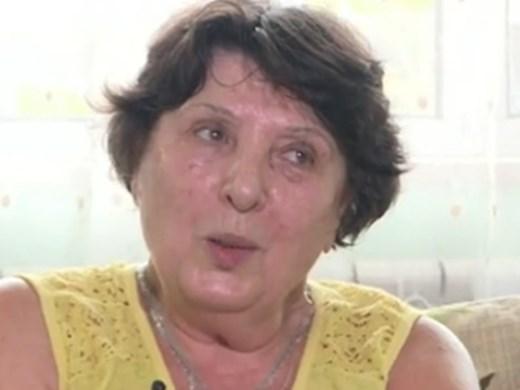 Жената с бастуна: Разтревожена съм от реакцията към мен и близките ми