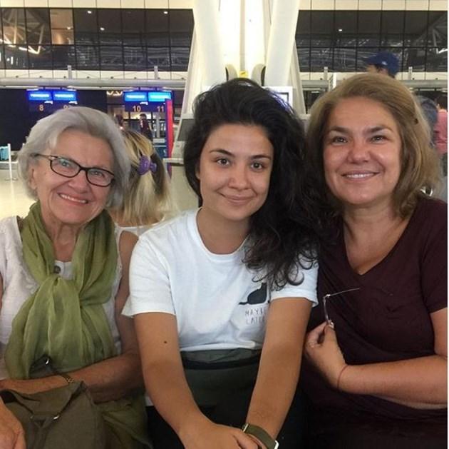 Щерката на Вачкова учи в Португалия