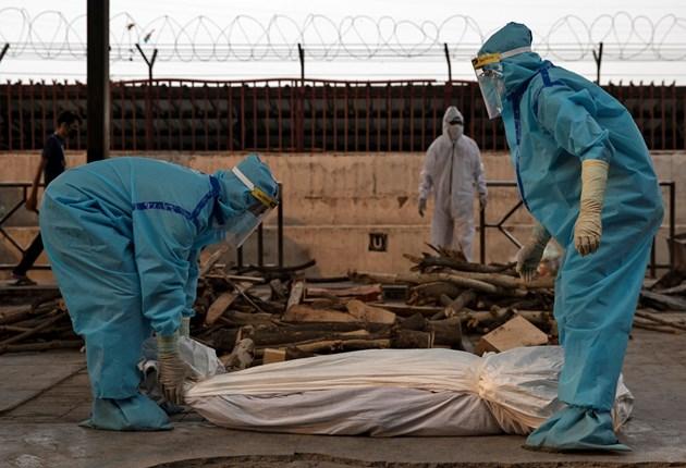 Броят на заразените с коронавируса в Индия за денонощие надхвърли 9000