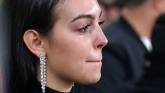 Джорджина рони сълзи
