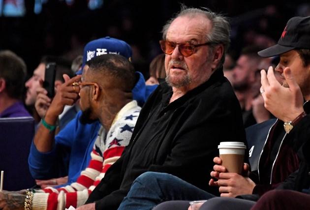 Джак Никълсън гледа мач на 7 януари 2020 г. Актьорът губи памет.