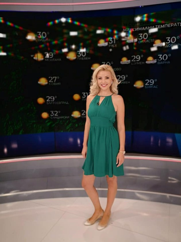 Ева Кикерезова, красавицата от прогнозата за времето по БНТ: Не мисля за 4-о дете!