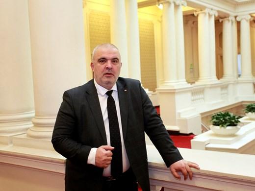 Маноил Манев: От непрофесионалното ръководство на НСО идва разклатеното доверие в службата