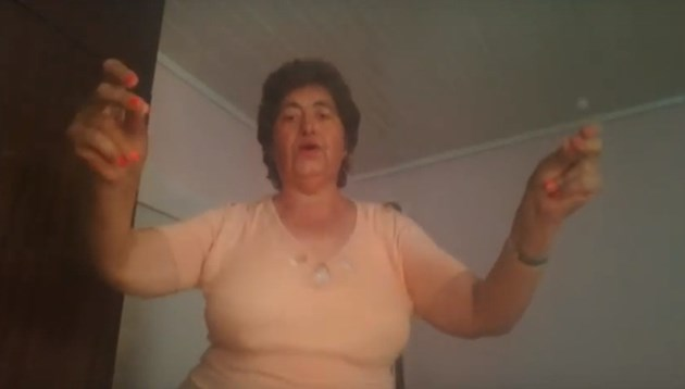 Баба Веси - новият БГ идол!