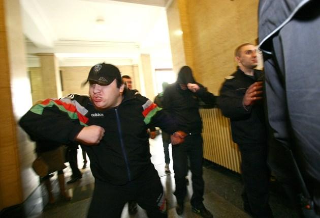 9 години затвор за Виктор Джуката