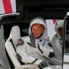 """Втори опит: Астронавтите отиват към старта за историческия полет с """"Дракон"""" (На живо)"""