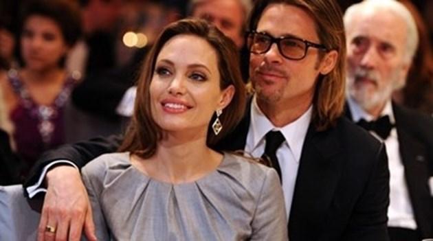 Анджелина Джоли иска да си върне Брад Пит?