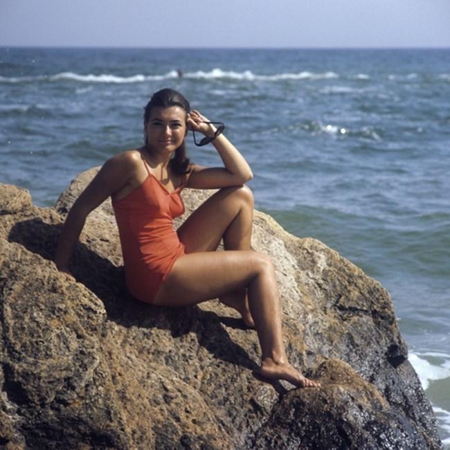 """Момиче на плажа в Одеса, 1971 г. Снимка: РИА """"Новости"""""""