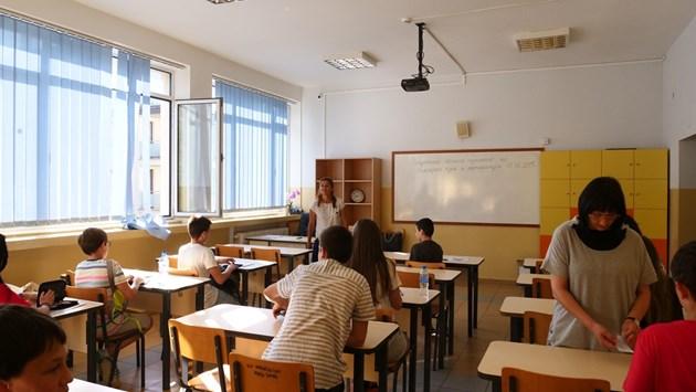 Все по-малко ученици се обучават в училища на село