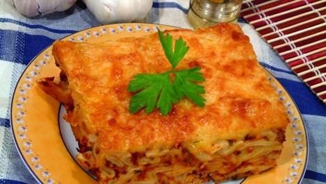 Лазаня със спанак и царевица