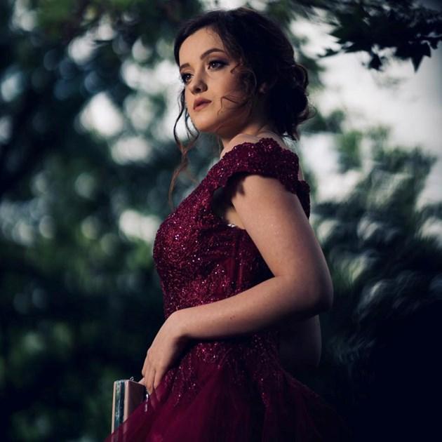 Актрисата Александра Костова: Страх ме е да снимам с Юлиян Вергов