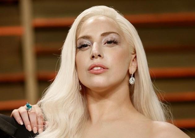 """Лейди Гага: Чули сте слухове, че съм бременна? Да, бременна съм с #LG6"""""""