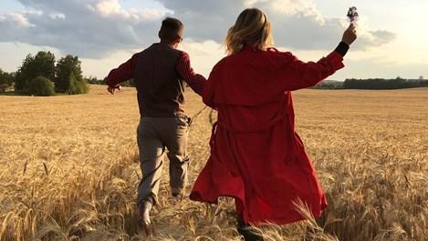 Какво емоционално отслабва жената и какво я изпълва в една връзка