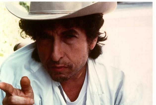 Новият албум на Боб Дилън стана световен хит