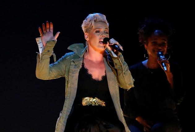 Певицата Пинк е заразена с коронавируса