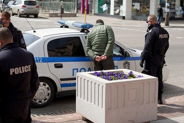 72 акта по 5000 лв. за разходка в София