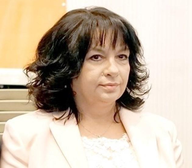 """Министър Петкова: Изпълняваме ангажиментите си по """"Турски поток"""""""