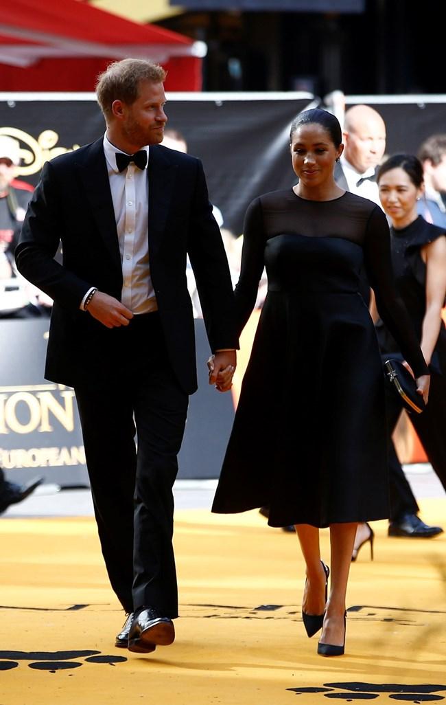 """Принц Хари и Меган на премиерата на филма """"Цар Лъв"""" Снимки: Ройтерс"""
