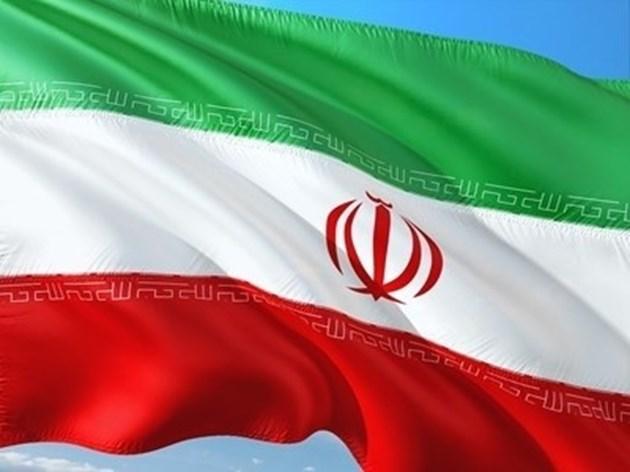 ОПЕК се споразумя да удължи свиването на добива с един месец, потвърди иранският министър