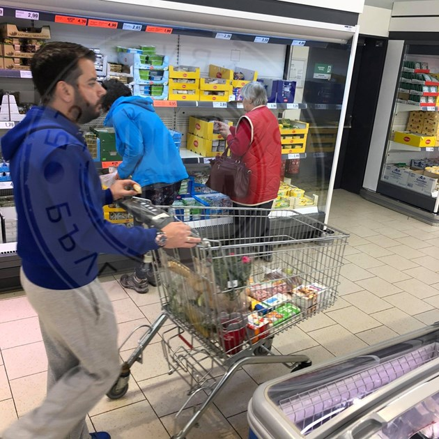 Иван на пазар без Андрей