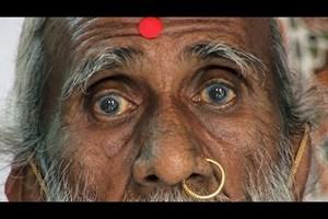 Почина йогата, който твърдеше, че не се е хранил и пил вода 80 г. (Видео)