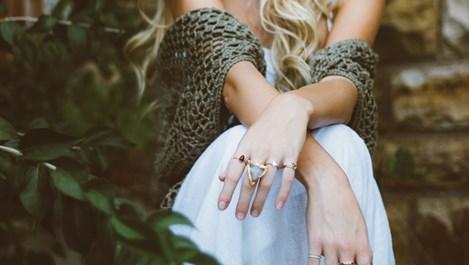 Здравословни проблеми, за които подсказват ноктите