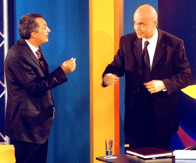 Историческо гостуване на Иван Костов при Слави, след като водещият неведнъж е казвал остри думи срещу политика - 12 юни 2001 г.