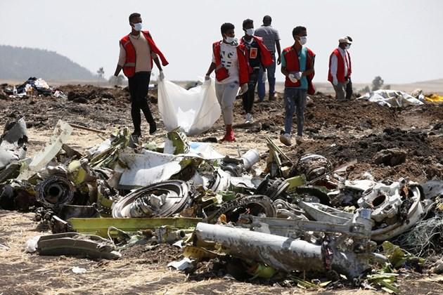 Германия няма да анализира черната кутия от етиопския Боинг 737 МАКС 8