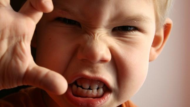 Какво да правя, ако допусна детето да се разглези твърде много