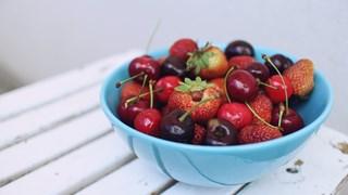Диета с ягоди и череши топи до 5 кг за седмица
