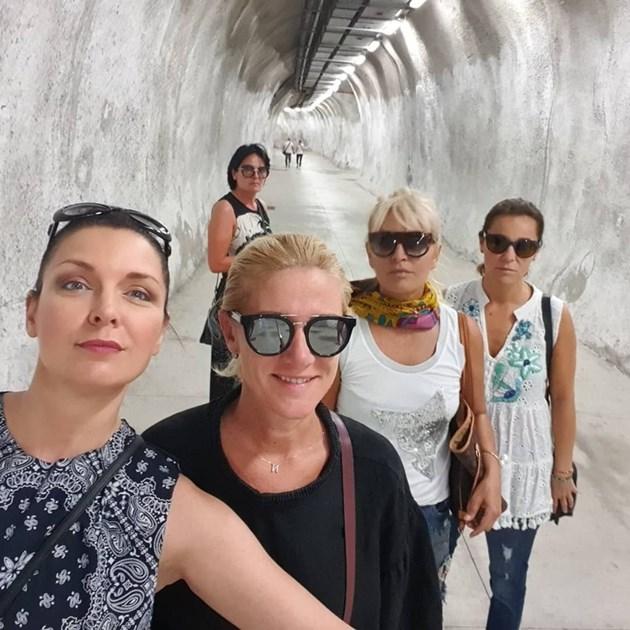 Жени на женско парти в Лисабон
