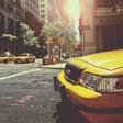 Таксиджия в Лондон почина от коронавирус, заразен клиент го наплю и не плати