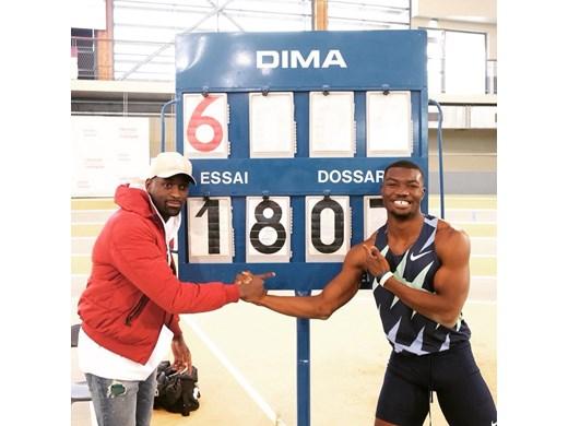 Африканец първи в света преодоля 18 м на троен скок в зала