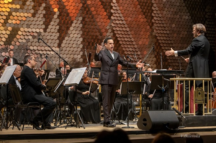 Диригент на концерта бе американецът Кристофер Франклин.