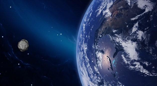 Астероид, по-голям от Хеопсовата пирамида, приближава Земята (Видео)
