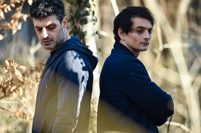 Братя Ковачеви са сред новите герои в сериал. В ролята на големия - Марио, е Велислав Павлов (вляво), а на малкия - Тони, е Димитър Захариев.