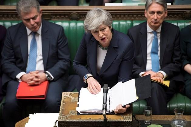 Мей: Без сделка Брекзитът може да бъде отложен за много по-дълго