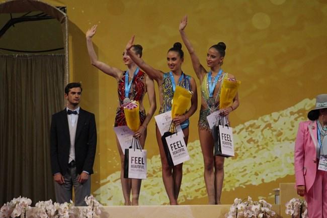 България - второ място в света отборно