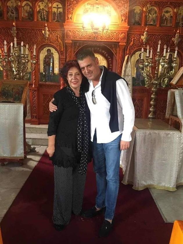 Свекървата на Гуркова напуска ЮАР