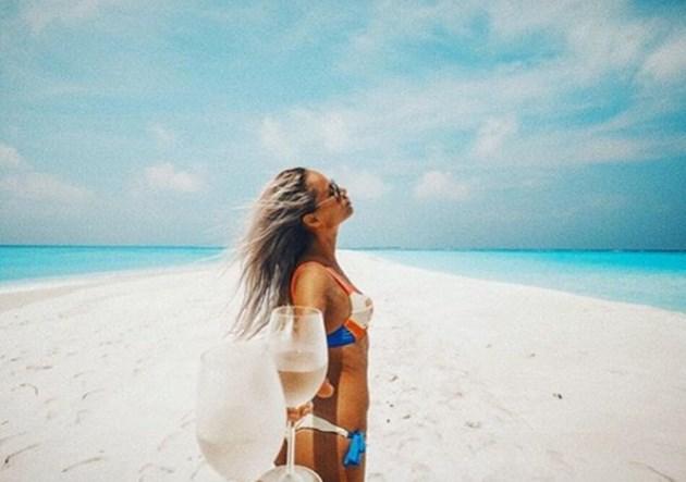 Алекс на Бебо пак на Малдивите